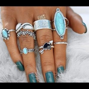 A lot of turquoise / silver rings costume jewelry